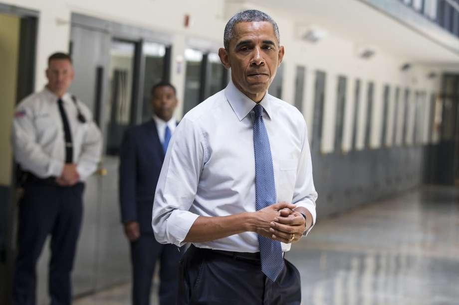 Obama Grants Clemency 920x1240